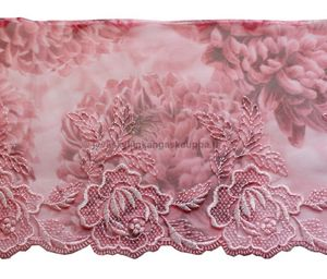 Embroidered tulle lace Rose 16,5cm (1,7m cut)